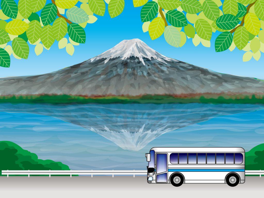 富士山に向かって走るバス